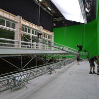 K-Filmset Paris Studio Happy End Michael Haneke 021